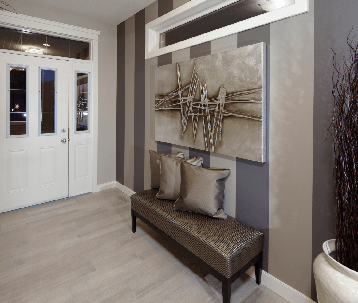 14 Décor Tips to Nail the Neutral Look Avonley Foyer image